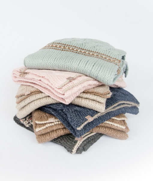cable knit accessories