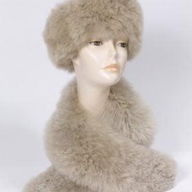 fur stole in alpaca